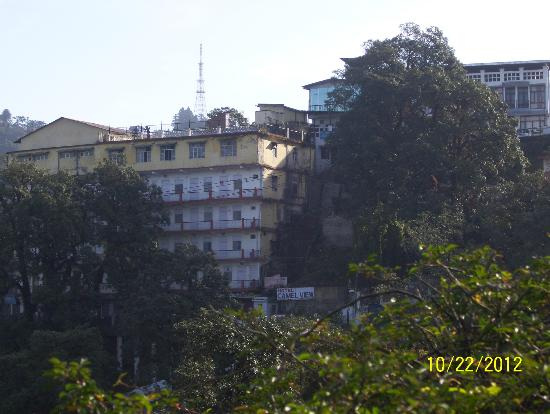 Hotel Himalayan Club: view from hotel