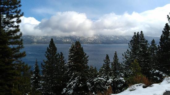 Cedar Glen Lodge: Definitely recommend The Secret hike...... the veiw was breath taking!!!