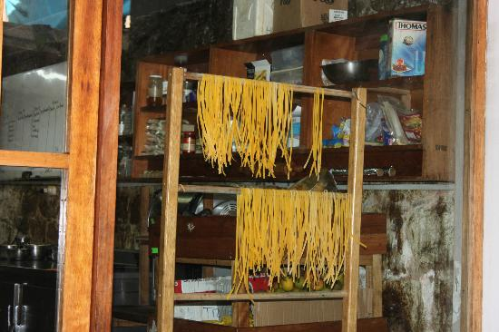Rupa Wasi  Lodge: Hand made noodles in the Tree house kitchen