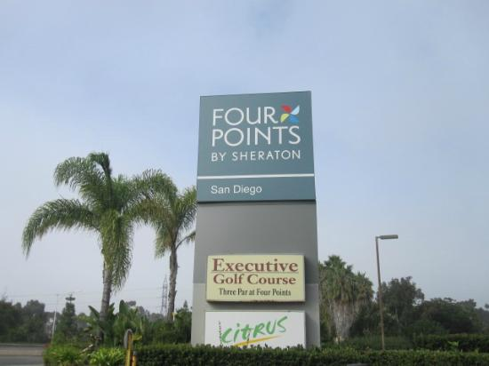 Four Points by Sheraton San Diego: Hotel Grounds