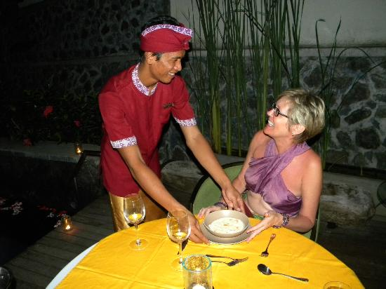 Royal Kamuela: Four course dinner served at the villa