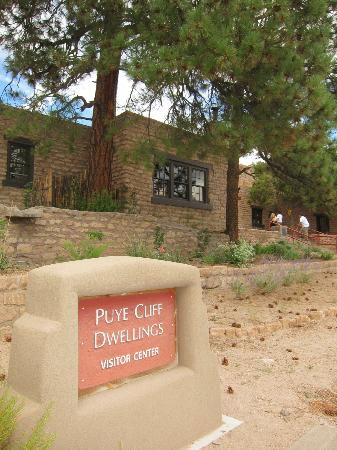 Puye Cliff Dwellings: Visitor's Center