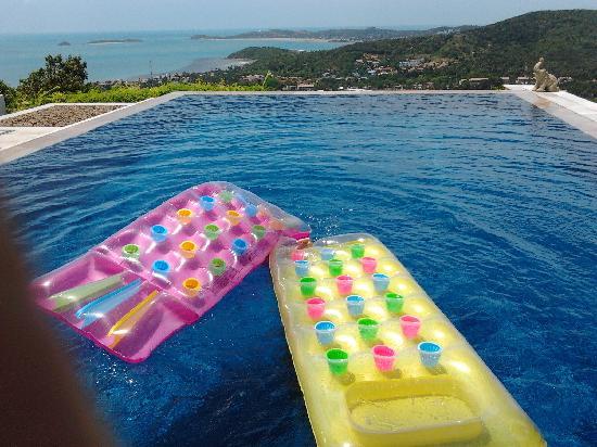 Baan Sawan Villa : Pool