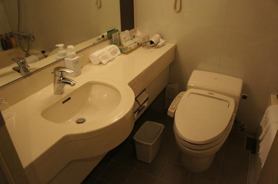 Haneda Excel Hotel Tokyu: Wider and spacious bath