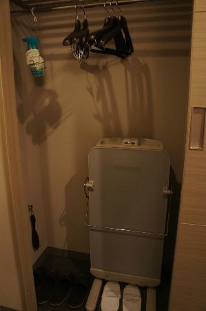 ฮาเนดา เอ็กซ์เซลโฮเต็ล โตเกียว: Dresser area