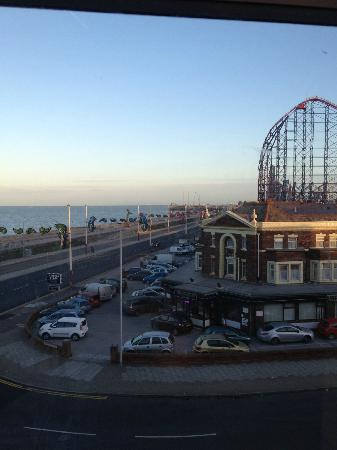 The Colwyn Hotel: The View from our room first thing in the morning.