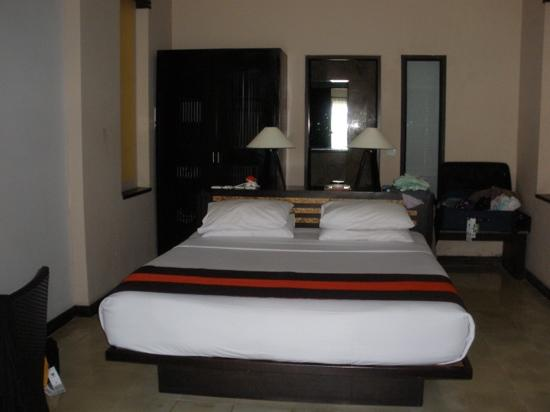 The Lokha Legian: super deluxe room