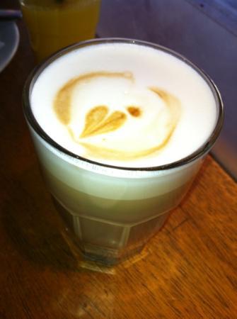 Baresso Coffee: mmm, double espresso latte