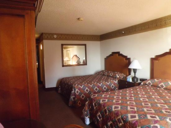 Rooms Review: Picture Of Circus Circus Hotel & Casino