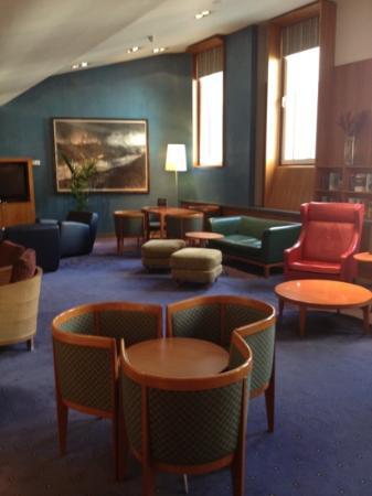 Club Quarters Hotel, St. Paul's: lounge area