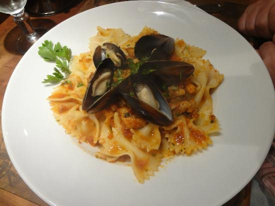 Seafood with tomato sauce pasta in Restaurant Pasta Baladin in Essaouira
