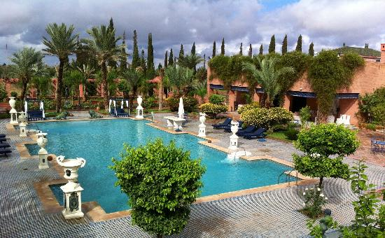 L Mansion Marrakech: Really a Palace Garden and swimming pool