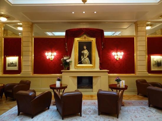 Kaiserin Elisabeth: Hotellobby