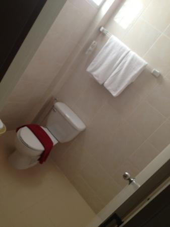 Patong Bay Inn : bathroom