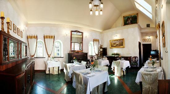 Naleczow, Polonia: Dining room