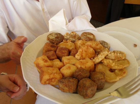 Baldissero Torinese, Italy: fritto misto piemontese