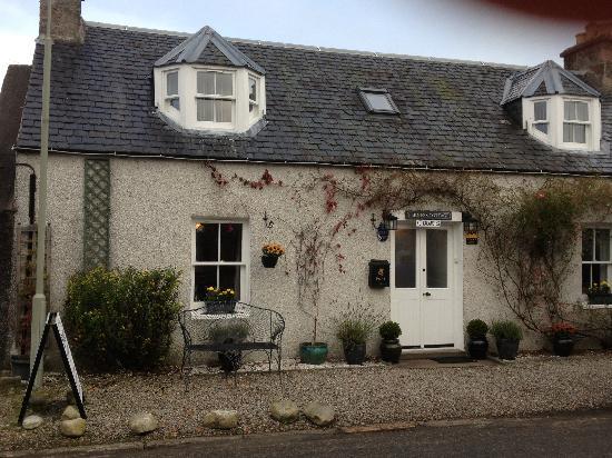 Loch Ness Clansman Hotel: Nous avons passé un très bon séjour chez Trish et Adrian au Ferness Cottage