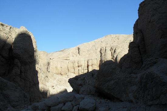 Tomb of Ay : Licht und Schatten