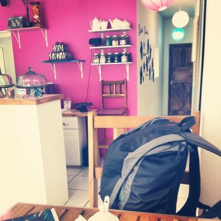 Sweet Sensations : my backpack and I enjoyed this bakery