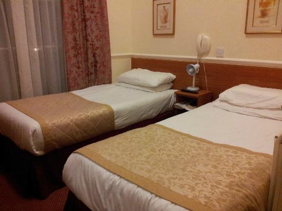 Reem Hotel: Sov gott!