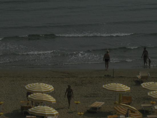 Hotel Capitol: пляжа кусок
