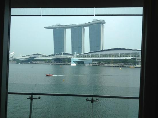 The Fullerton Bay Hotel Singapore: View of MBS