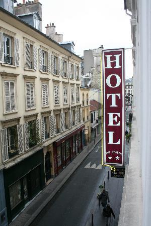 hotel front picture of hotel de paris montmartre paris tripadvisor. Black Bedroom Furniture Sets. Home Design Ideas
