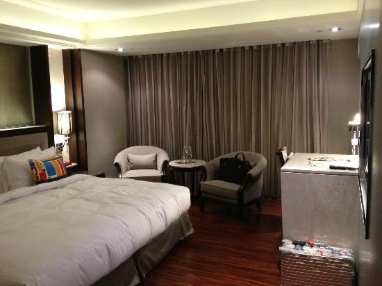 S-aura Hotel: 室内