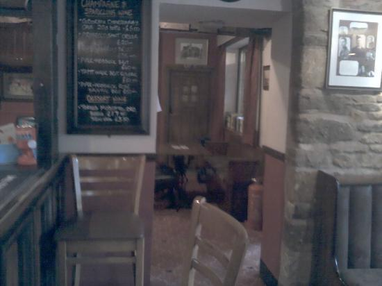 The Lamb Inn: Bar area