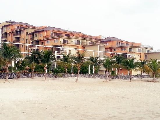 Gold Coast Morib International Resort: Hotel view from beach