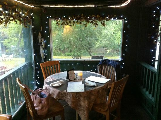 Cool Breeze - The Oar House: Table with a fabulous view