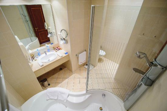 Hotel Oreanda: Premier Suite, bathroom