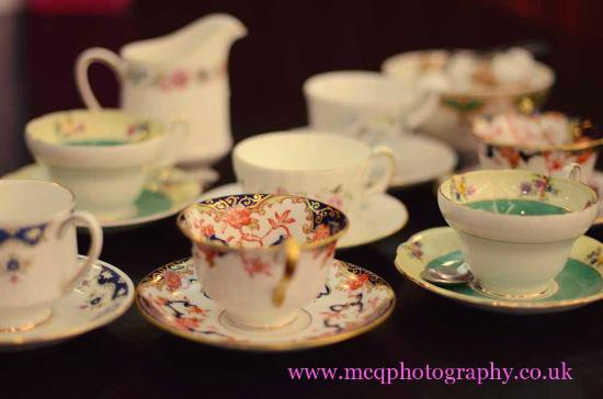 Loopy Lorna's Tea House: Our ever so pretty china xxx