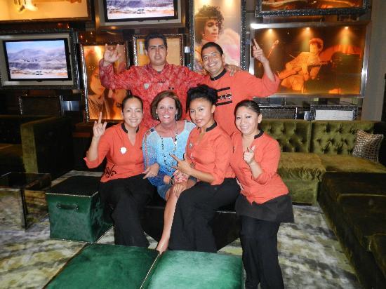 Hard Rock Hotel Cancun: Lobby Bar Staff, Wonderful
