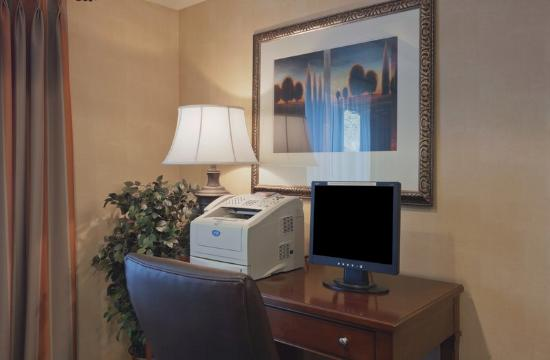Country Inn & Suites By Carlson, Cooperstown: CountryInn&Suites Milford BusinessCenter