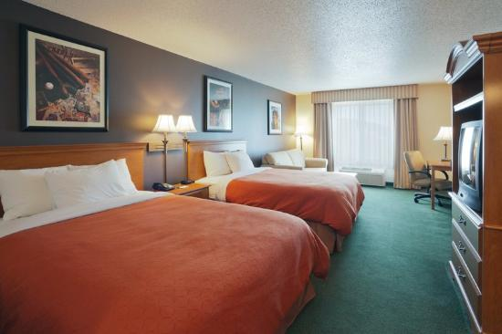 Cooperstown Inn & Suites at the Ballpark: CountryInn&Suites Milford GuestRoomDouble