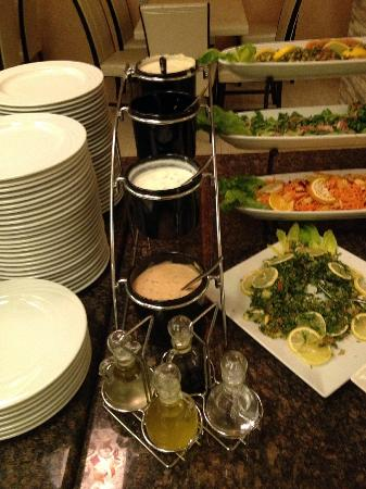 Seven Wonders Hotel: Buffet d'entrées
