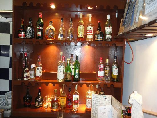 Blue Island: The bar