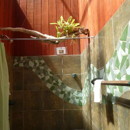 Hotel Banana Azul: our shower