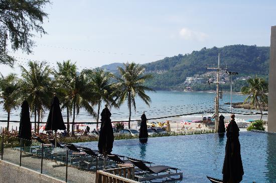 B-Lay Tong Phuket: Aussicht aus Zimmer im dritten Stock