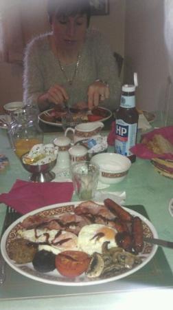 St. Martin's Guest House: lovely breakfast