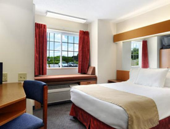 Monroe Heights Hotel: Standard Queen Bed Room