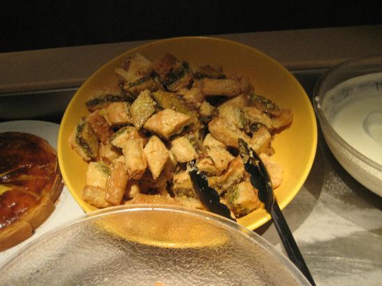 Agrabah Cafe: Baklava dessert.
