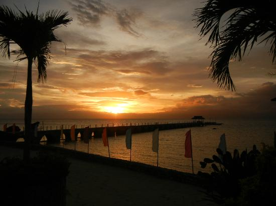 Kasai Village Dive & Spa Resort: Sunset