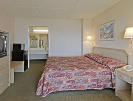 Super 8 Corpus Christi/Bayfront: Standard One King Bed Room