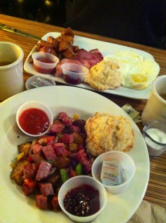 Astoria Coffeehouse: everything you need to start your day!
