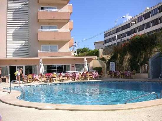 Hotel Delfin Mar: Pool