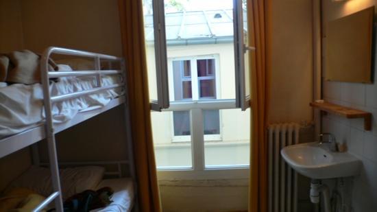 Le Montclair Hostel : stanza doppia