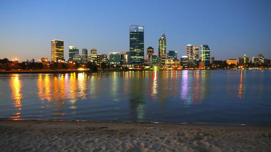 South Perth Foreshore: Perth's Skyline