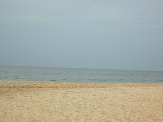Santana Beach Resort: beach